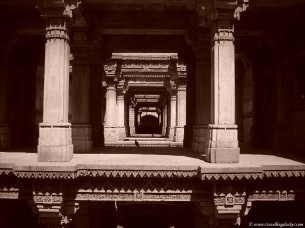 A trip to Adalaj stepwell a.k.a how not to visit Lothal