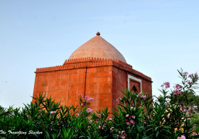 An Evening at the Lal Gumbad: Malviya Nagar