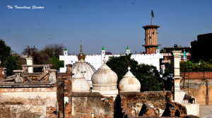 View of Moti Masjid and Bakhtiyar Kaki's Dargah from Zafar Mahal-001